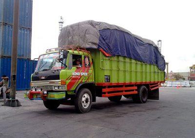 Angkutan Barang Via Darat